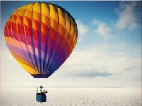 创意商务热气球与迷宫高清ppt背景图片
